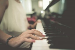 learn-to-play-the-piano